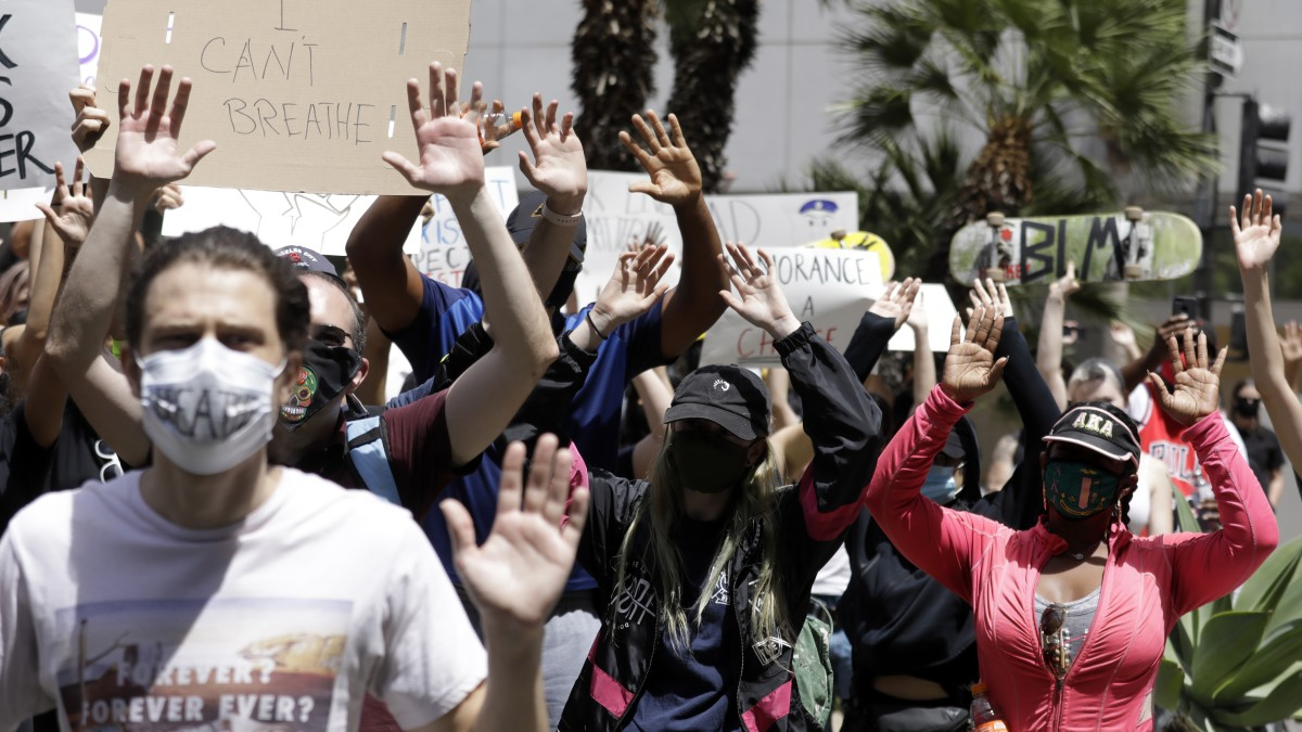 Mayor Eric Garcetti extended a curfew in Los Angeles Amid ongoing protest for George Floyd