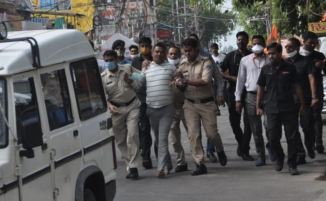 Vikas-dubey arrested(2)