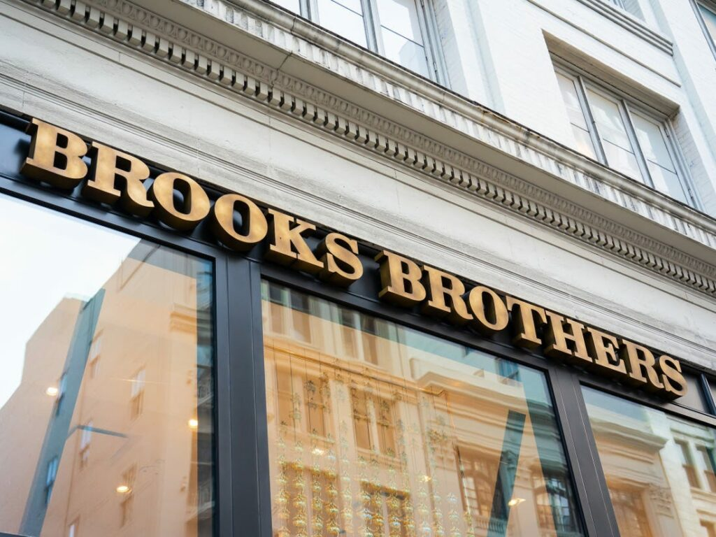 Brooks Brothers getting bankrupt, planning to close many of the stores