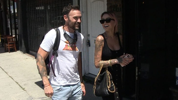 Tina Louise and Brian Austin Green went on a hot lunch date
