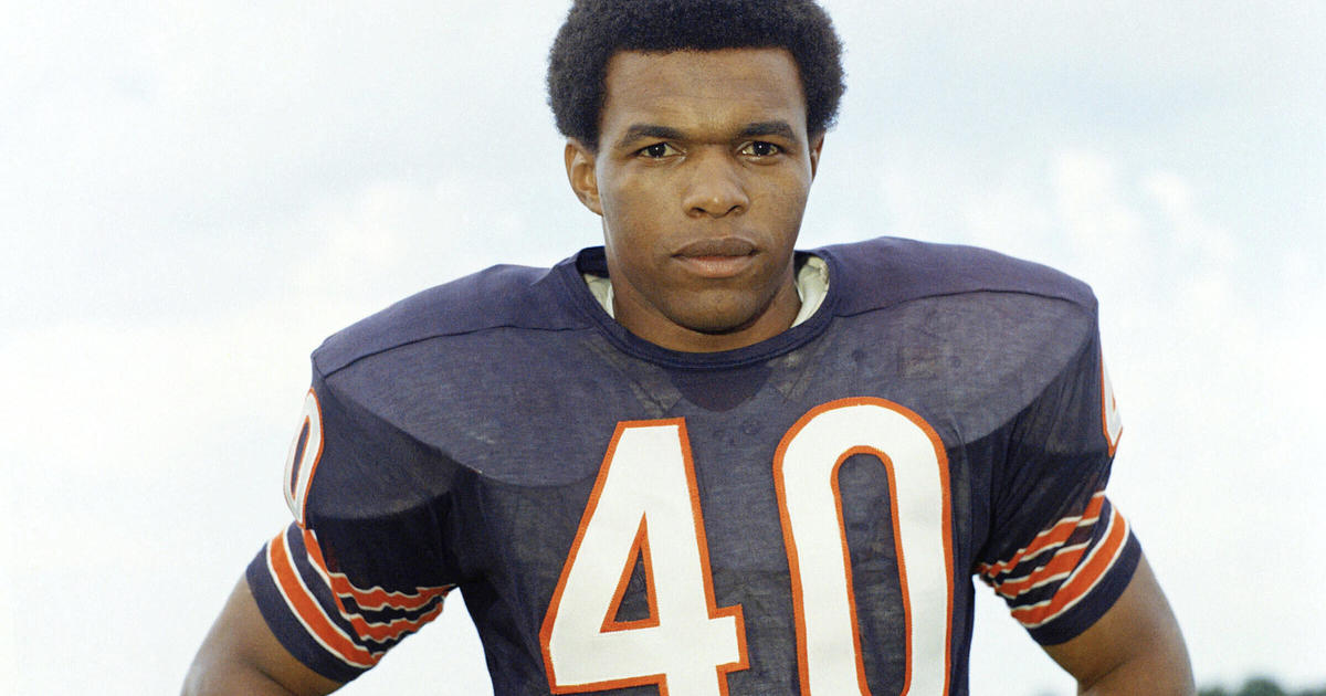 Gale Sayers an NFL Legend Died at the Age of 77