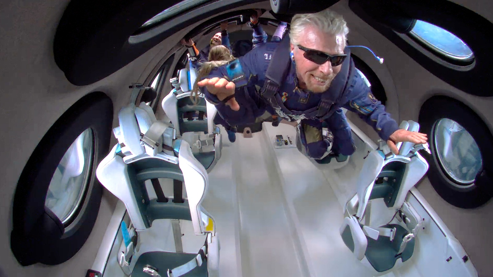 Pilots saw 'red light' warning during Virgin Galactic's historic spaceflight with Richard Branson: report