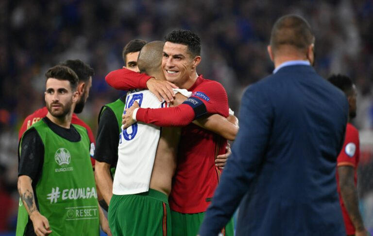 Ronaldo departs early from international duty with Portugal