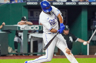 Michael A. Taylor goes 3-for-4 with three RBIs as Royals pull away against White Sox, 7-2