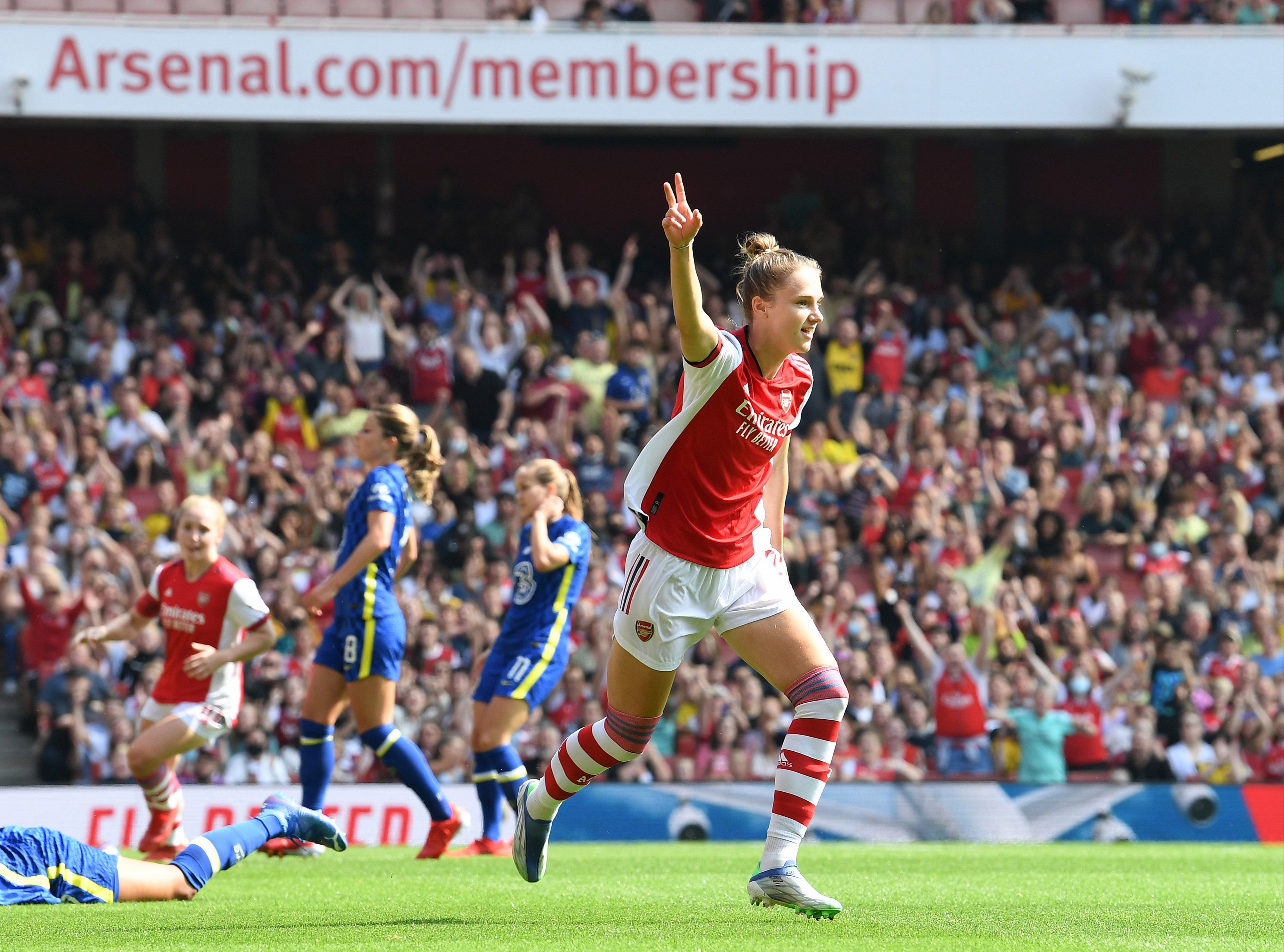 Arsenal defeated Chelsea in their WSL opener on Sunday