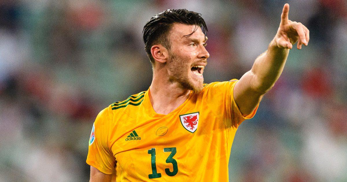 Estonia 0-1 Wales: Moore secures vital three points