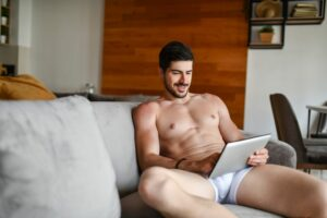 A Urologist Settled the 'Boxers vs. Briefs' Debate When It Comes to Your Sperm Health