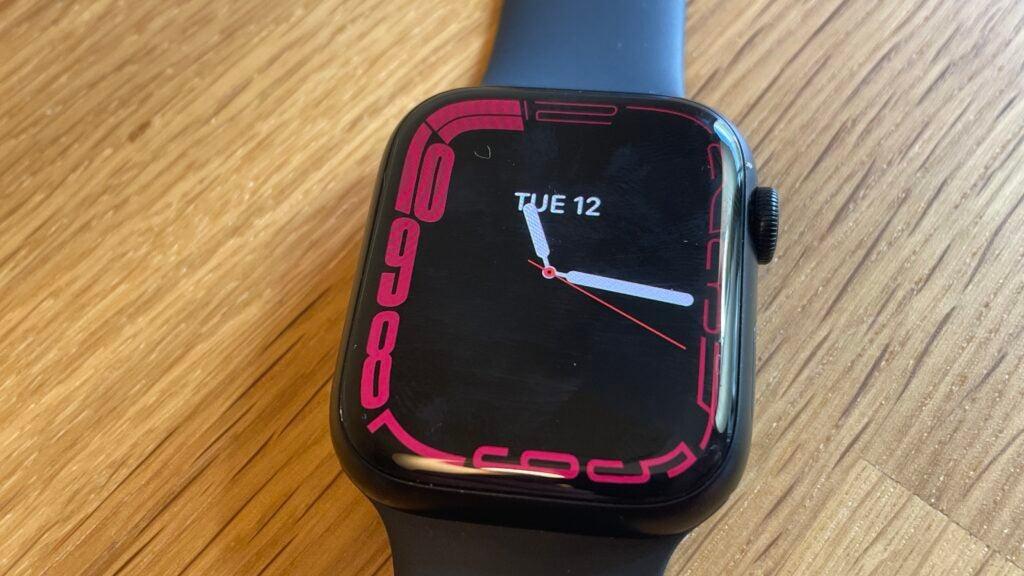 Apple Watch 7 watch face